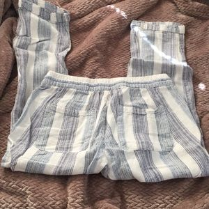 Old Navy Pants - Stripped ankle length pants